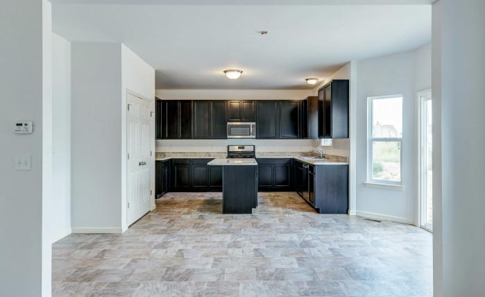 Non-standard custom kitchen cabinet layout