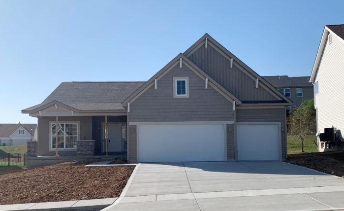 206 Carlton Point Drive, Wentzville MO 63385